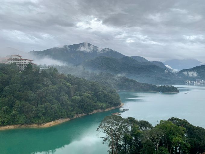 息をのむ大自然の絶景「雲品酒店」