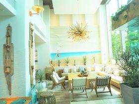 カフェも人気「葉山うみのホテル」でカジュアルなラグジュアリーを