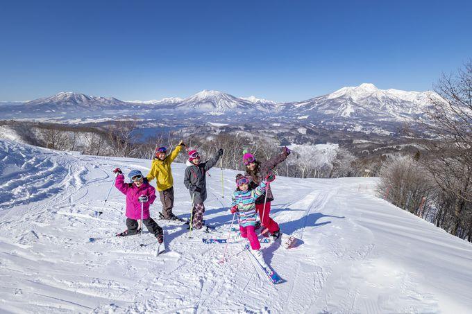 標高1,100mからの野尻湖や北信五岳の素晴らしい眺望を堪能