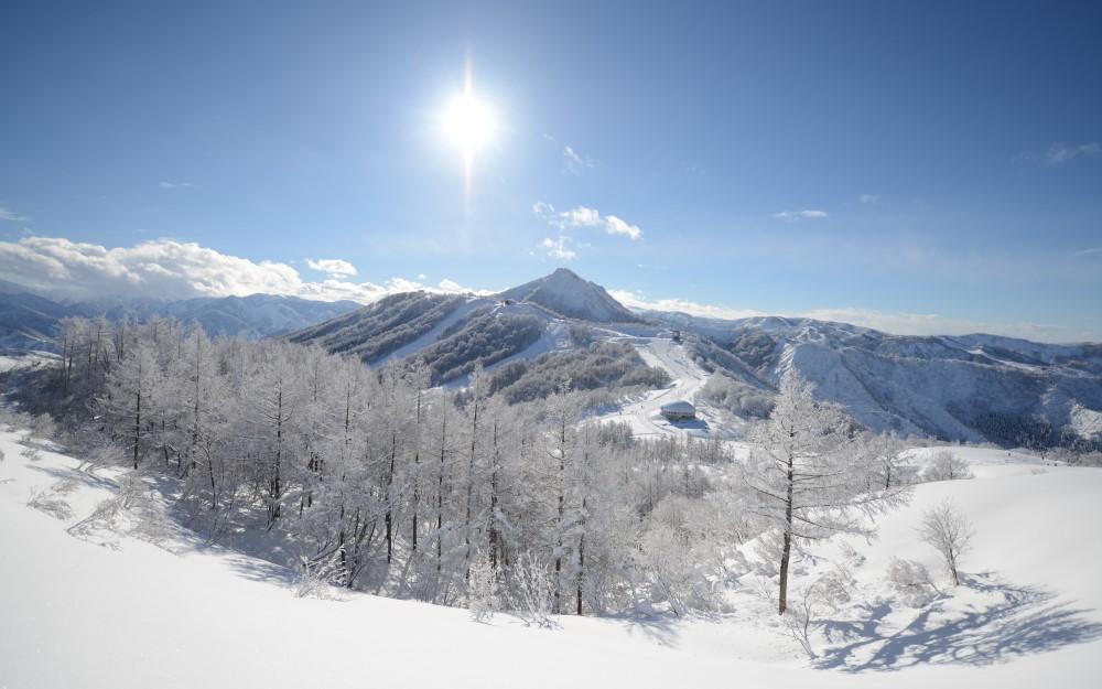 エリア最大級の「舞子スノーリゾート」 初級キッズ歓迎! 6,000mのロングコースも