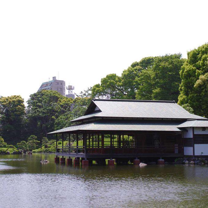 東京都選定歴史的建造物にも選ばれた数寄屋造りの建物「涼亭」