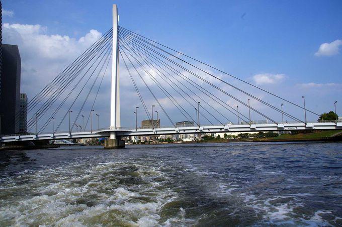 フランスのデザイン会社がデザインした「中央大橋」