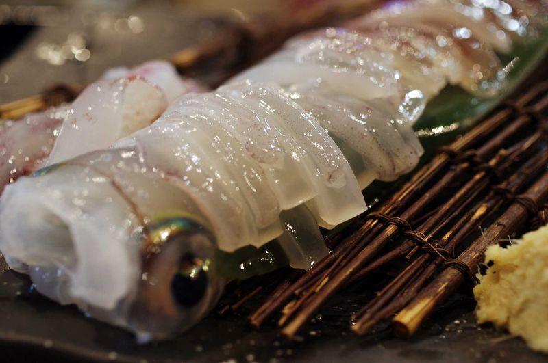 超新鮮なイカ料理を食す!赤レンガ倉庫「横浜イカセンター」