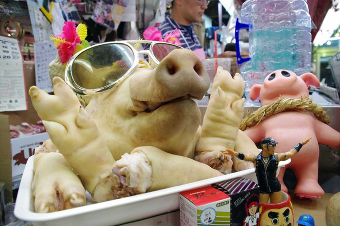 那覇市民の台所「第一牧志公設市場」は珍食材の宝庫