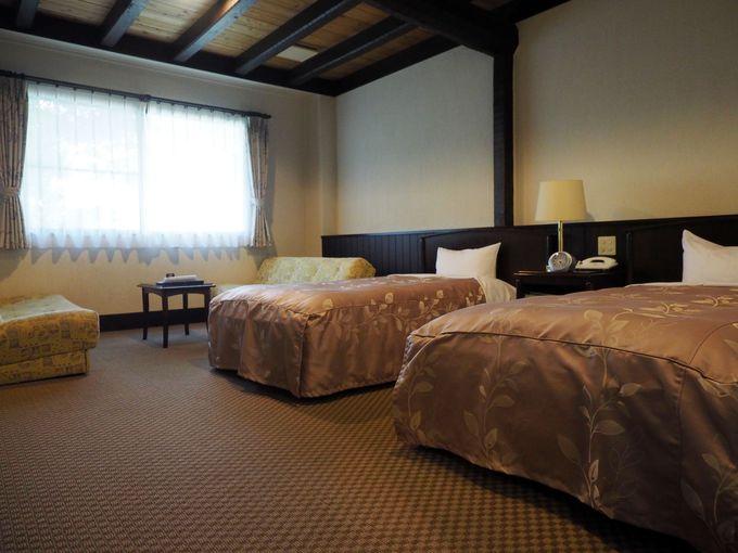 部屋もバスルームも広々。さらにお風呂は、全室温泉付き!
