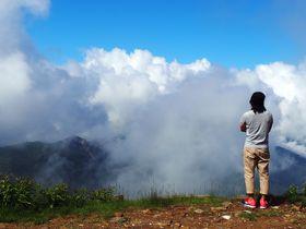 雲上なのに行列が!標高2307mのパン屋〜横手山頂ヒュッテ