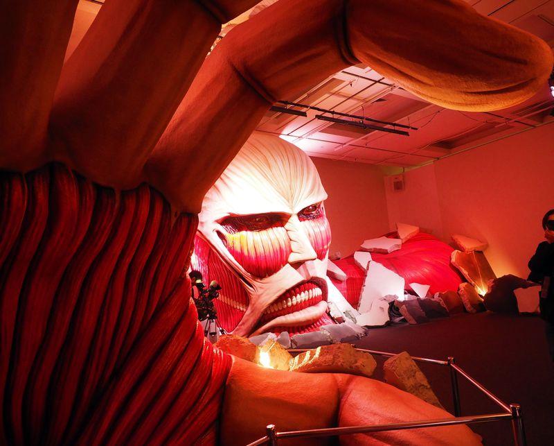 驚異のリアルさ!上野の森美術館「進撃の巨人展」その見所に迫る!!