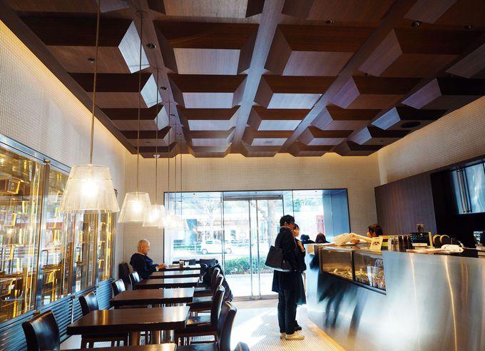 驚き!チョコの天井に、ワインのようなチョコセラーまで…