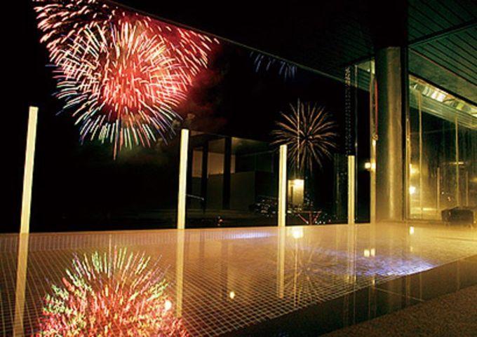 「ホテルミクラス」といえば、花火が一望できる絶景露天風呂も魅力