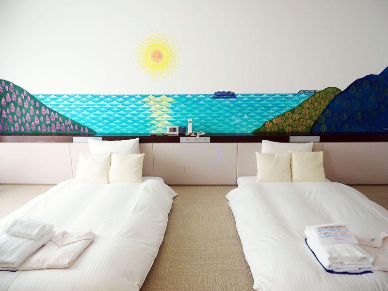 消しゴムはんこで熱海を描く!ホテルミクラス初のコンセプトルームが超可愛い!