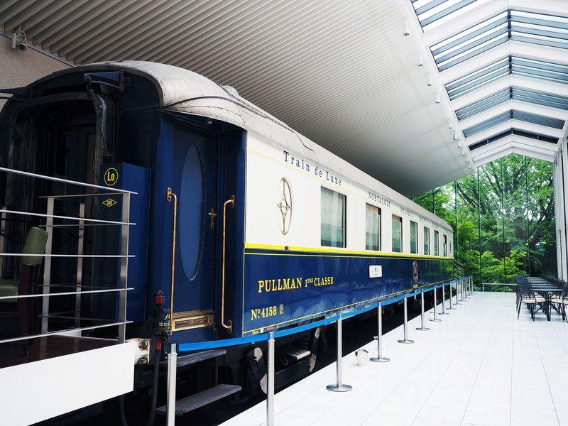 オリエント急行がカフェとして復活!「箱根ラリック美術館」の超美空間に癒される