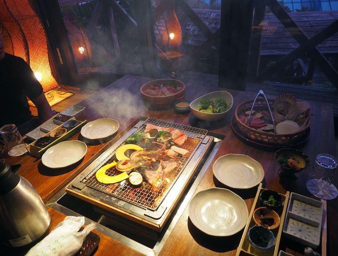 夕食はプライベートコテージで豪華海鮮バーベキュー