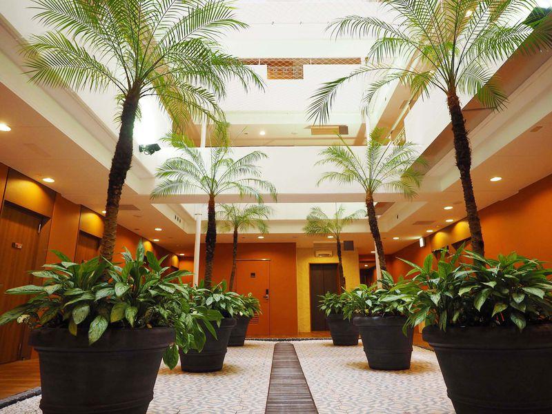 新潟のスペイン!?温泉付「ドーミーイン新潟」はまるでリゾートのビジネスホテル