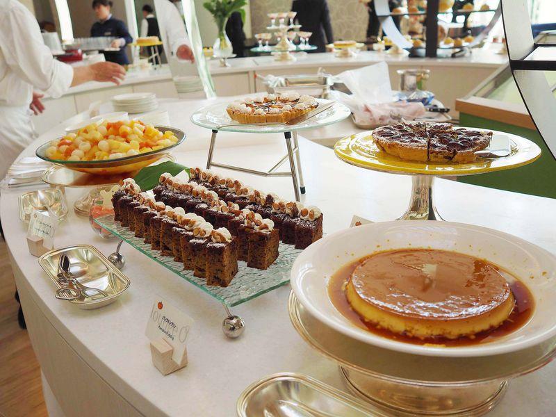 ヒルトン東京ベイ「ラウンジ・オー」で大人気デザートブッフェを最大限に楽しむコツ