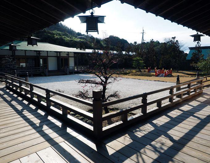 寝殿造りの雅な旅殿、敷地内には神社『御所阿波宮』も