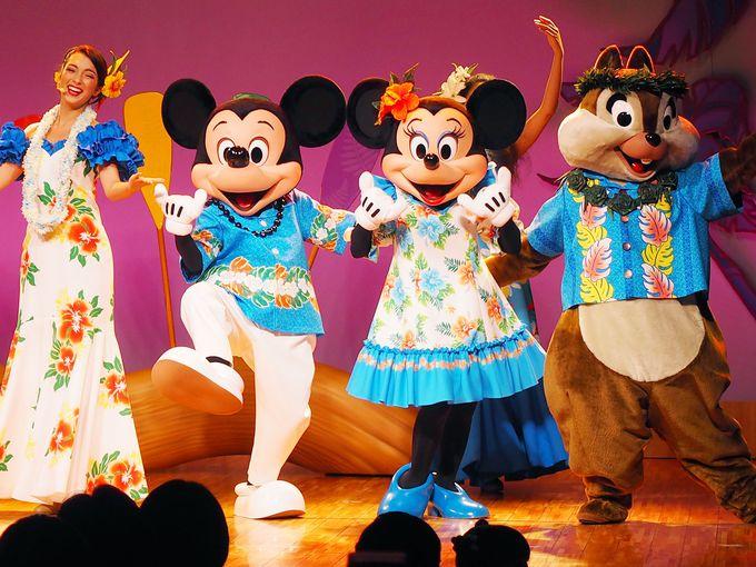 ミッキーたちと一緒にポリネシアン・ダンスで盛り上がろう