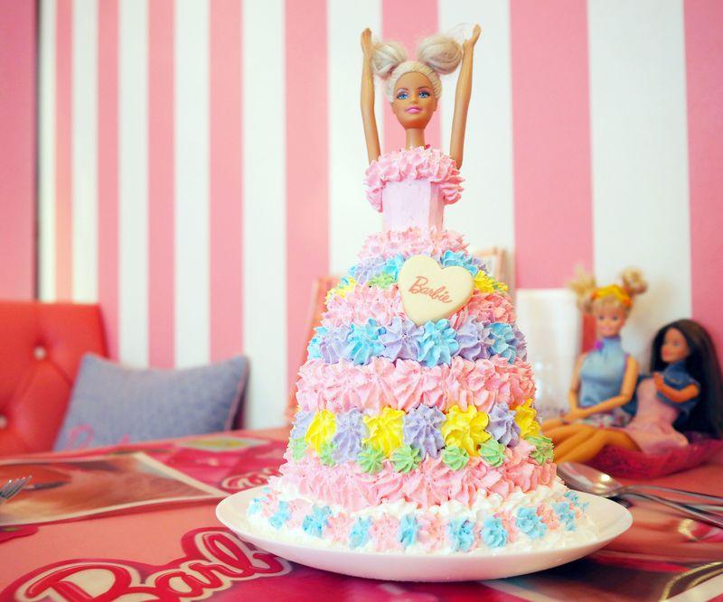 バービー好きなら!女子が夢中になる横浜のカフェ「Pink Holiday」