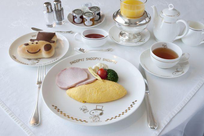 お皿も可愛い。朝食はスヌーピーのルームサービス