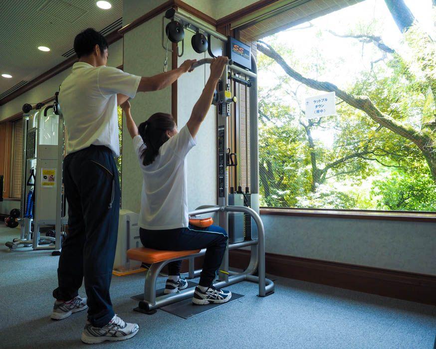 トレーナーが自分に合った運動法を教えてくれる
