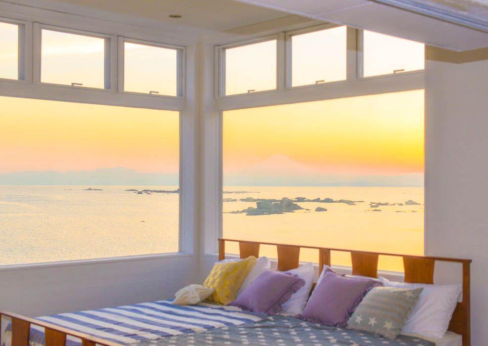 海に囲まれたメインベッドルーム