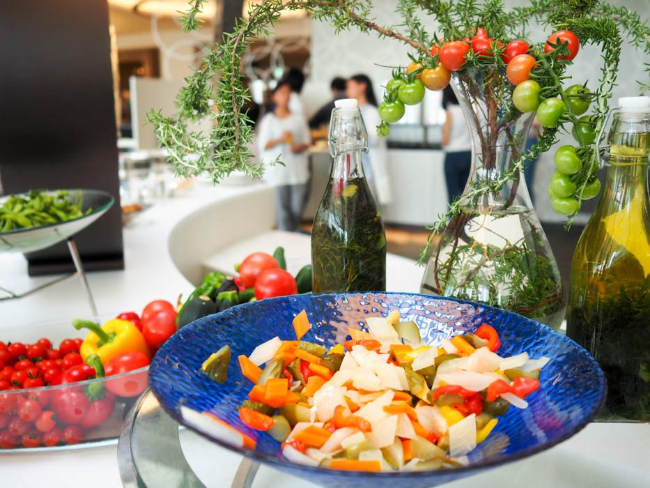 ホテル内で収穫された野菜たち