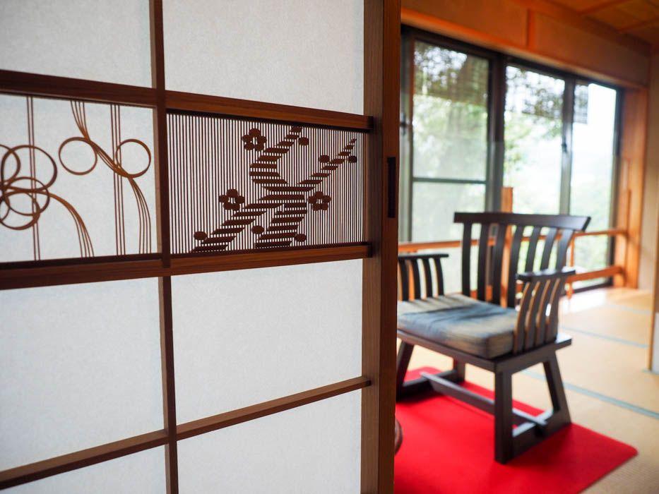 限定1室「あたみ梅の間 特別室」を彩る梅の意匠