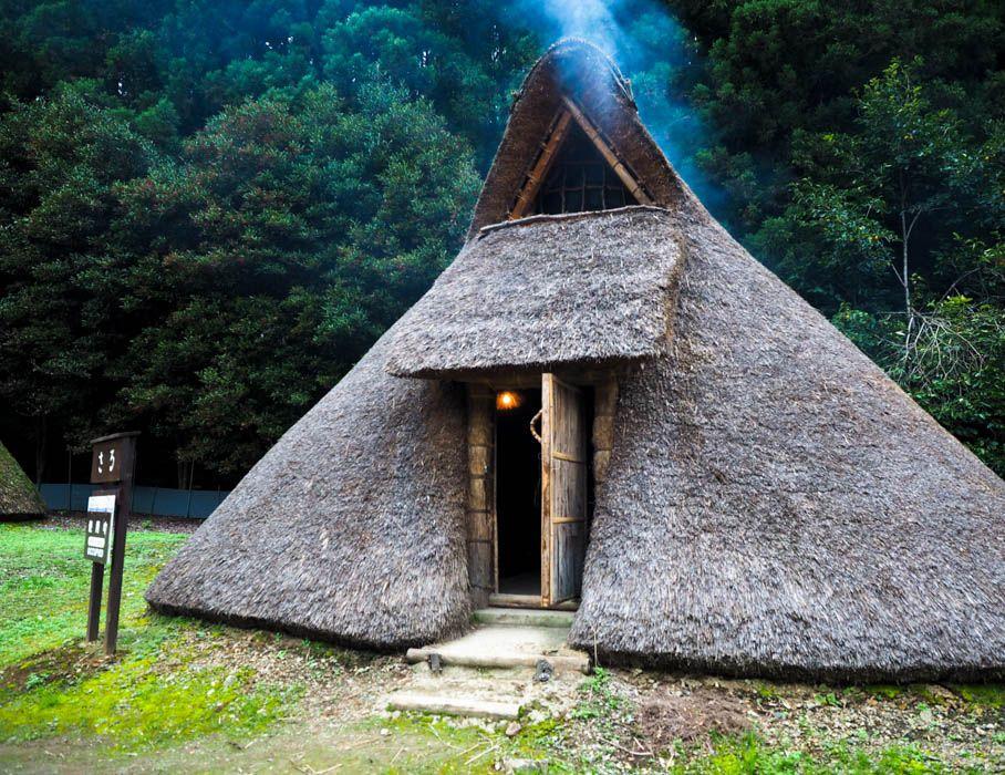 縄文時代にタイムスリップできる「古代生活体験村」