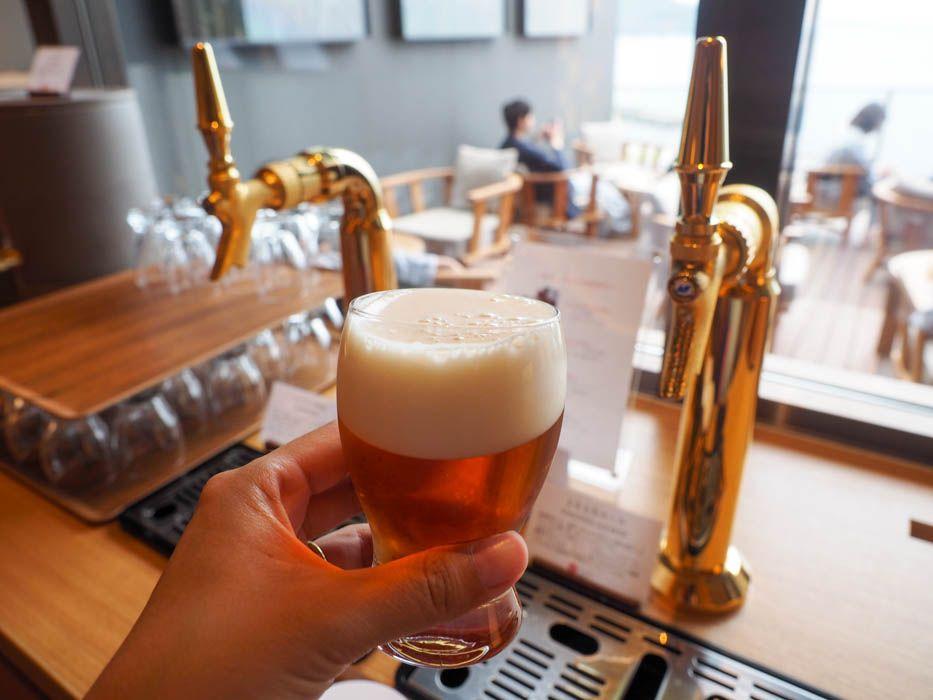 生ビールが好きなだけ飲める。魅惑の展望デッキ