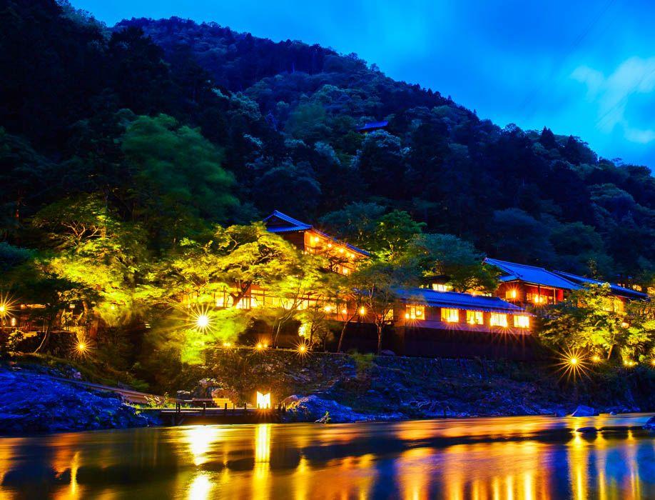 嵐山の奥座敷に建つ「星のや京都」