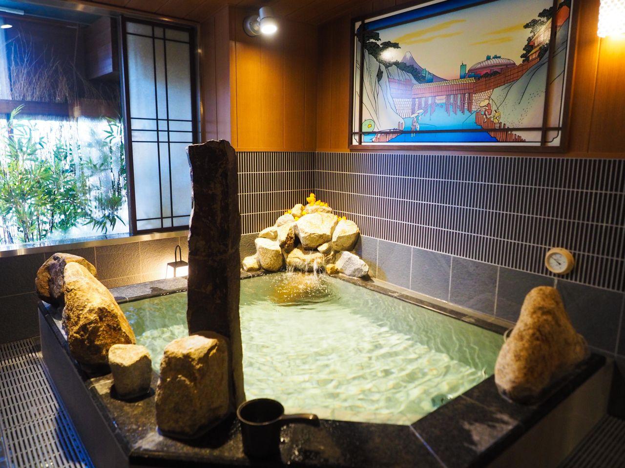 高級感のある男女別の大浴場