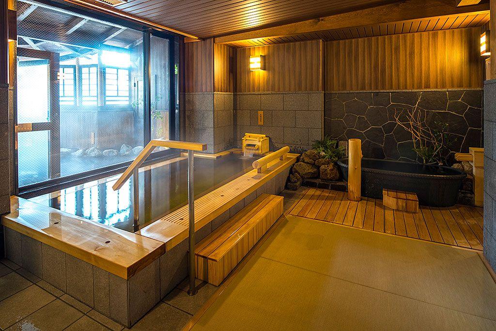 お風呂上がりに最高!無料のドリンクサービスは24時間利用可能