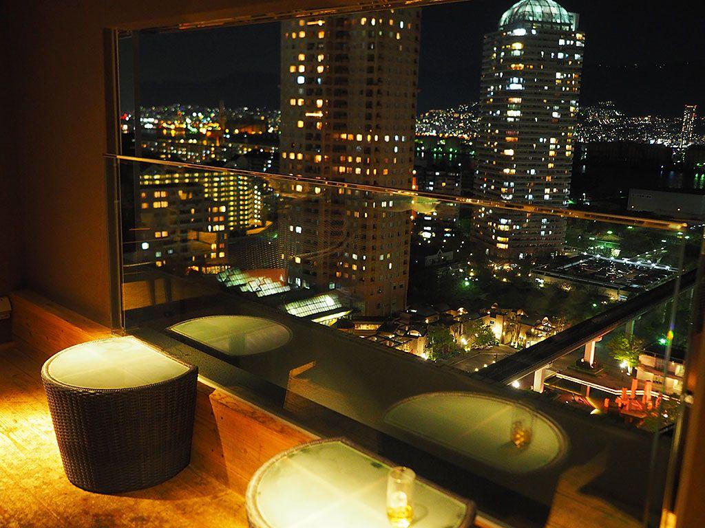 山側じゃない!海側から神戸の夜景を堪能できるクラブラウンジ