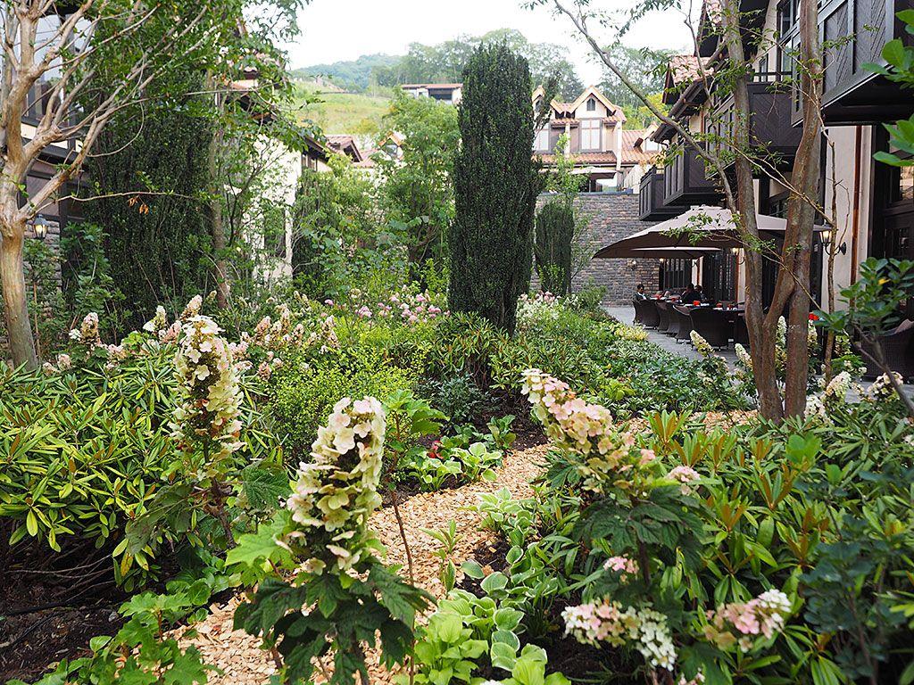 「ルグラン軽井沢ホテル&リゾート」7万坪の森に佇む温泉付きリゾート誕生