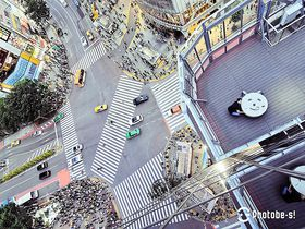 渋谷スクランブル交差点 上空で世界で1つの絶景写真!CROSSING VIEW