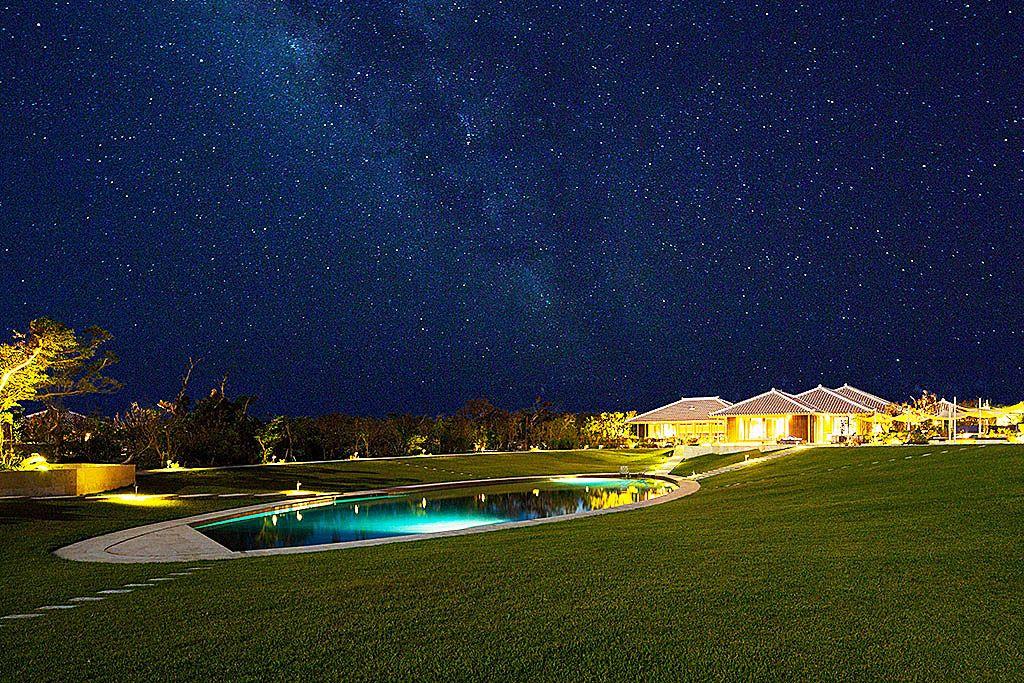 日本初の星空保護区に!「星のや竹富島」で心を輝かせる島時間