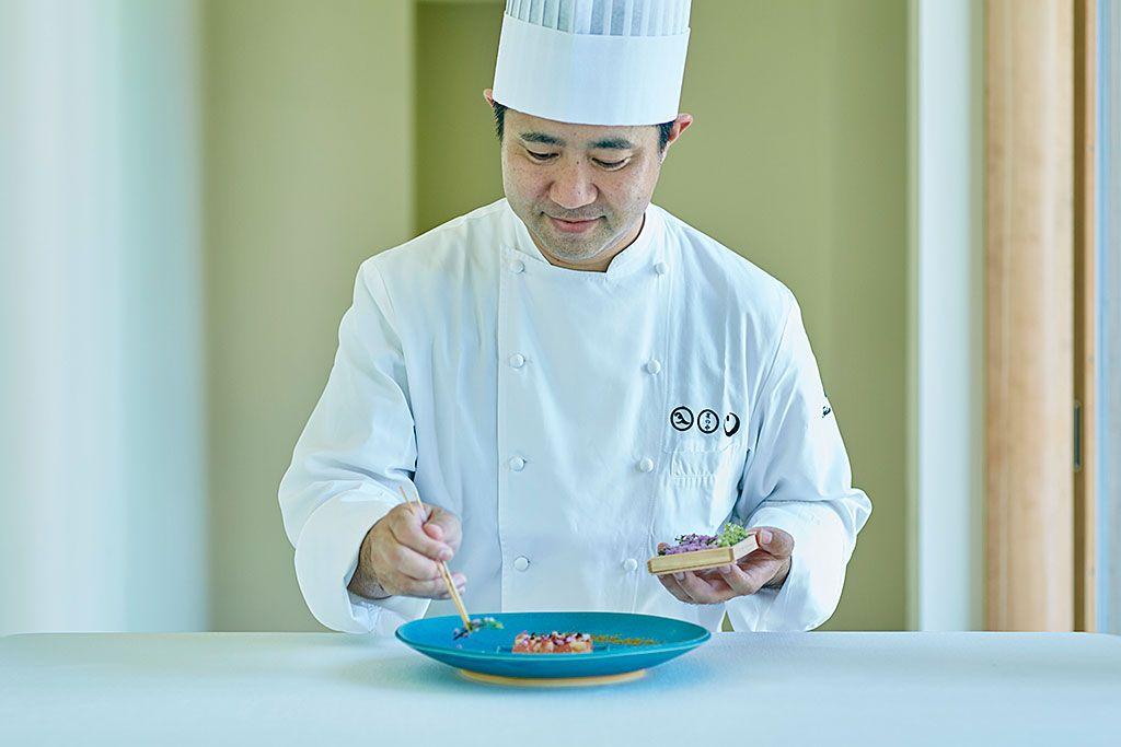 「星のや竹富島」人気の理由は、中洲シェフの感動料理