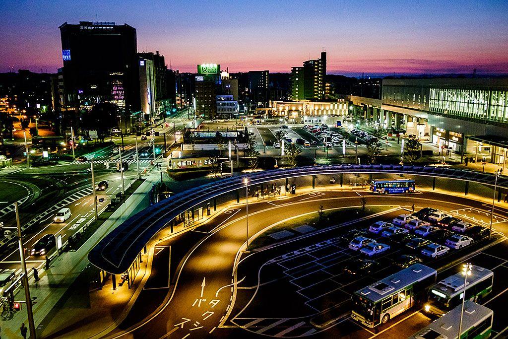 ただの駅じゃない!新生「富山駅」で無料観光・グルメ・お土産探し