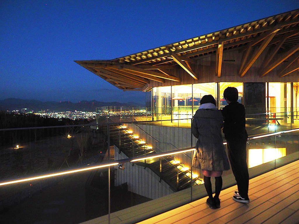 「日本平夢テラス」は静岡の新絶景スポット!夜景も花火もここで満喫