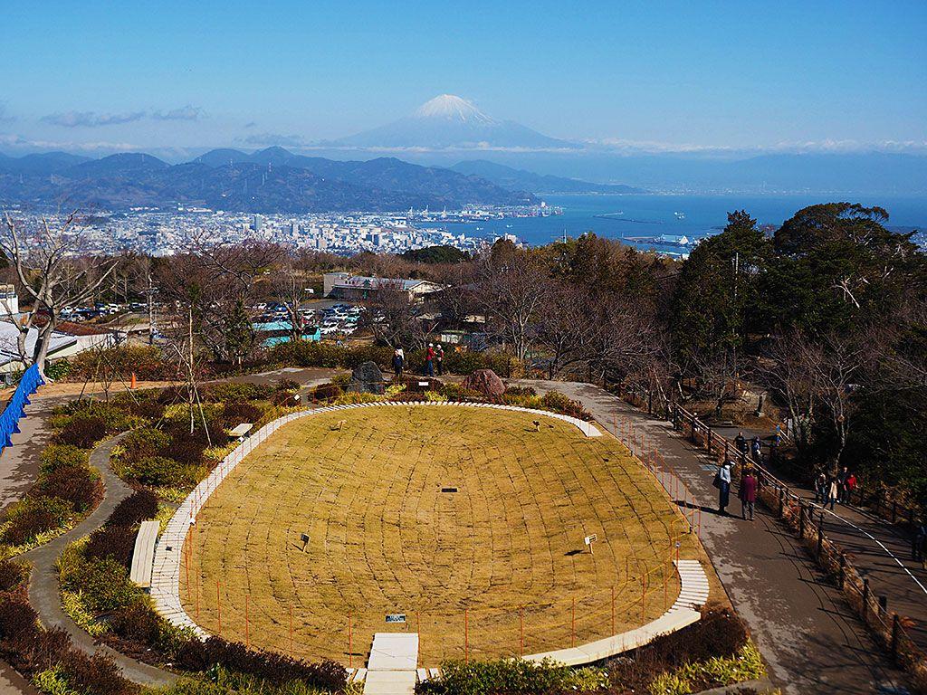 富士山だけじゃない!隠れ絶景スポットはココ
