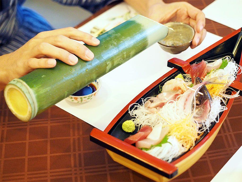 高級料亭もビックリ。伊勢海老が付いても1万円台!