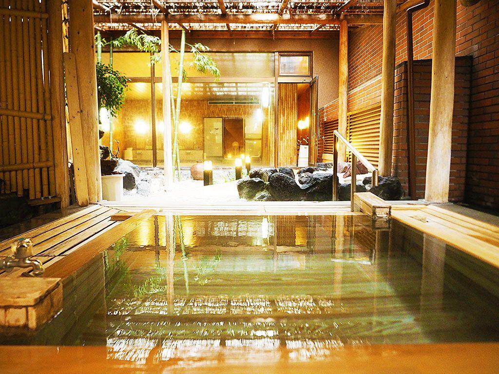 内緒にしたい!熱海の隠れ宿「大月ホテル和風館」300年前の銘木露天