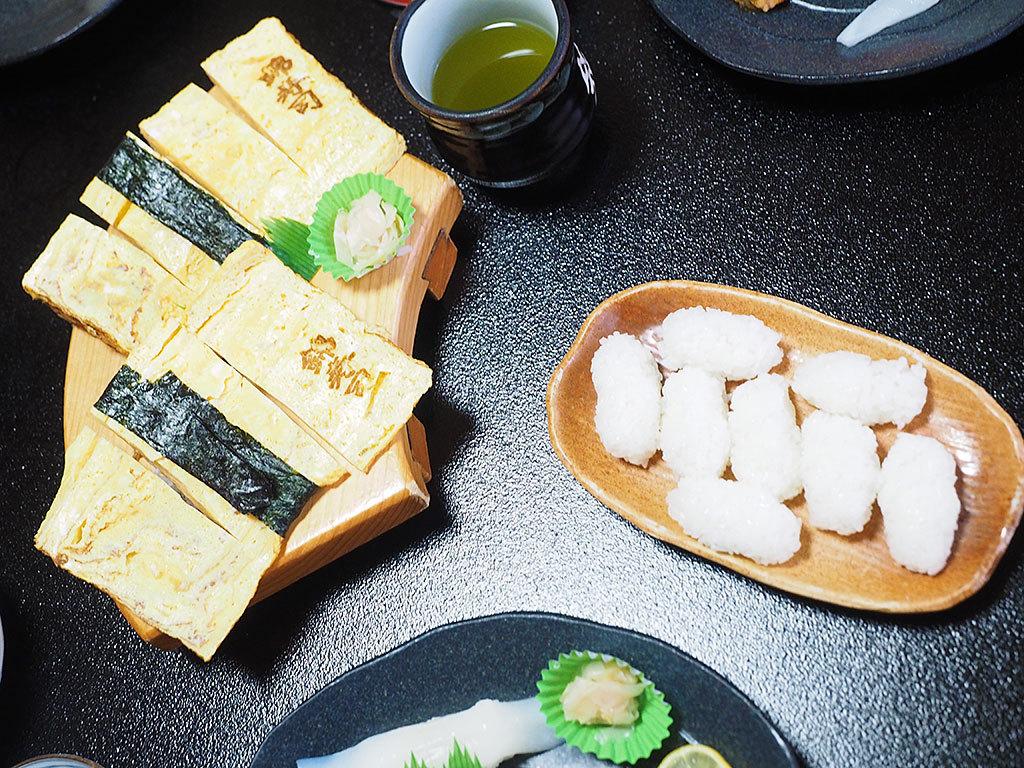 おかませ寿司を凌駕するメガサイズの玉子握り
