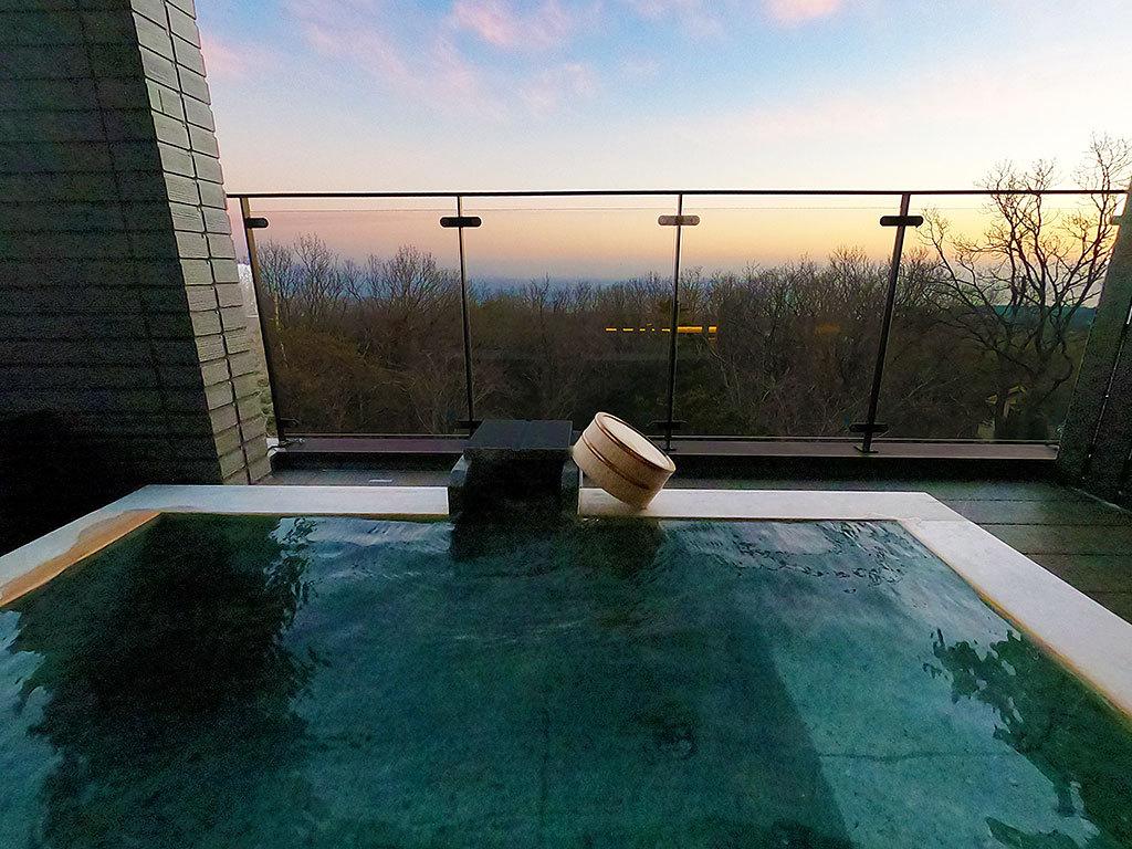 おこもりステイの極み!極上の絶景露天風呂
