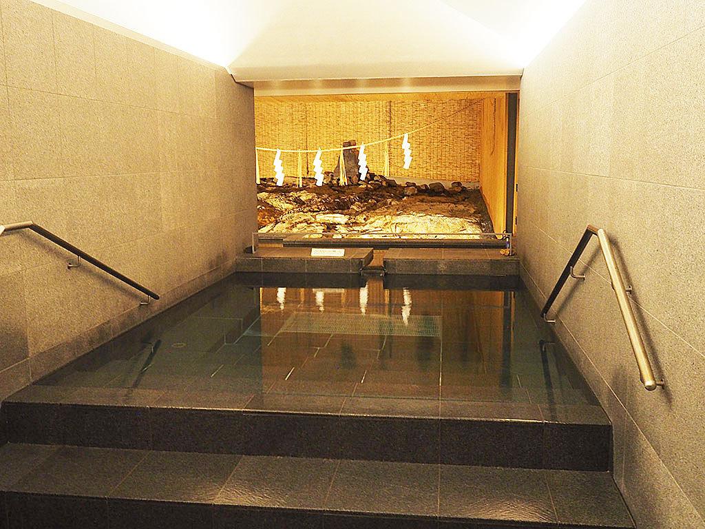 600年続く伝説の湯!山口・長門湯本温泉「恩湯」がモダンな美空間に