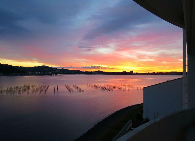 遠州名湯につかりながらの夕焼けと朝日