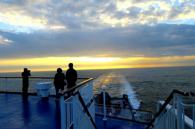 船旅ならではの絶景あり