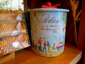 パリ・老舗パン屋なのにクッキーが大人気「ポワラーヌ」とは?