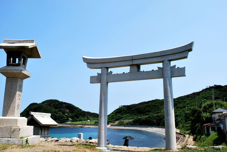 【Best2】海の横にある「沖津宮遙拝所」