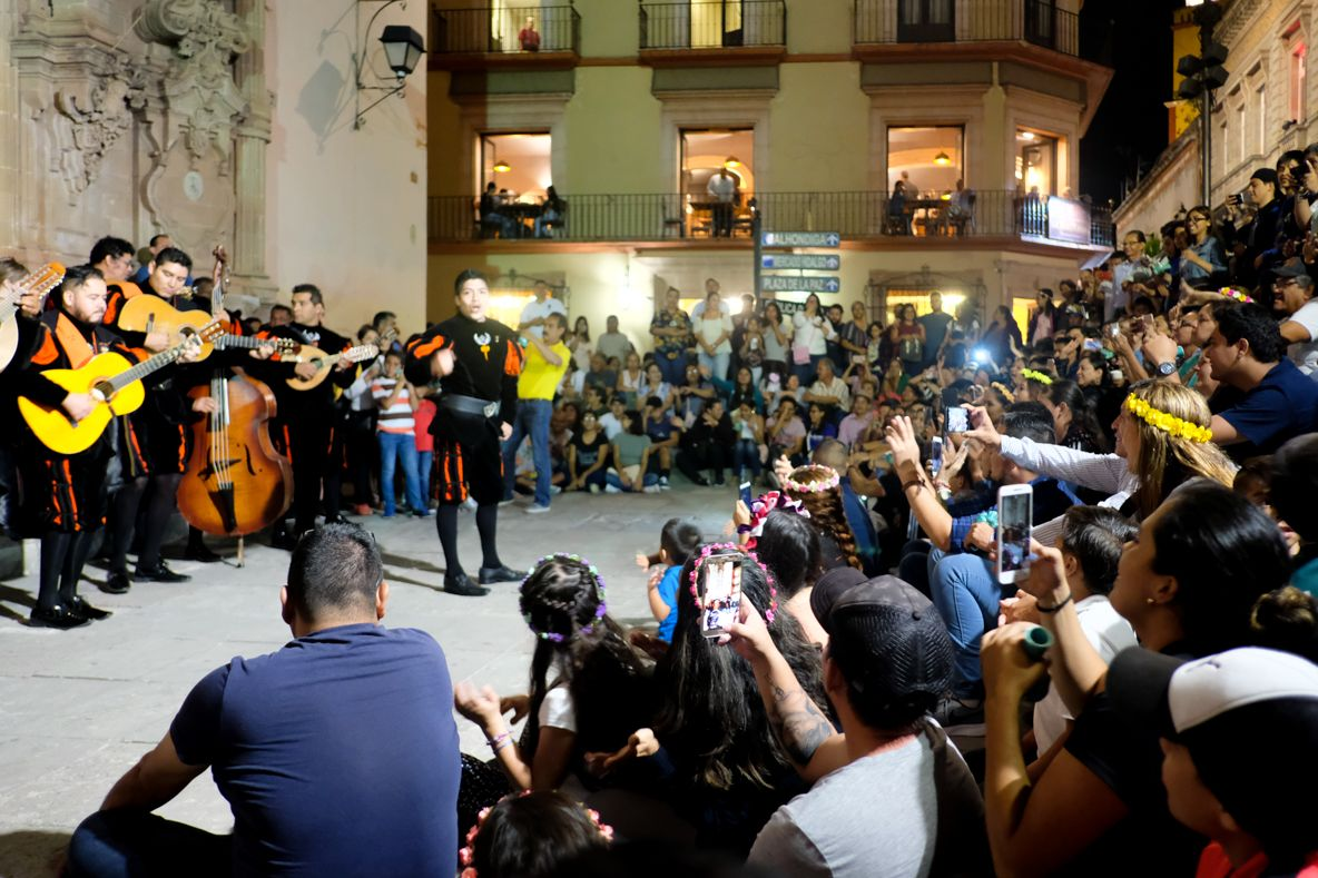 1日目夜:グアナファトの伝統的演奏セレナータに参加