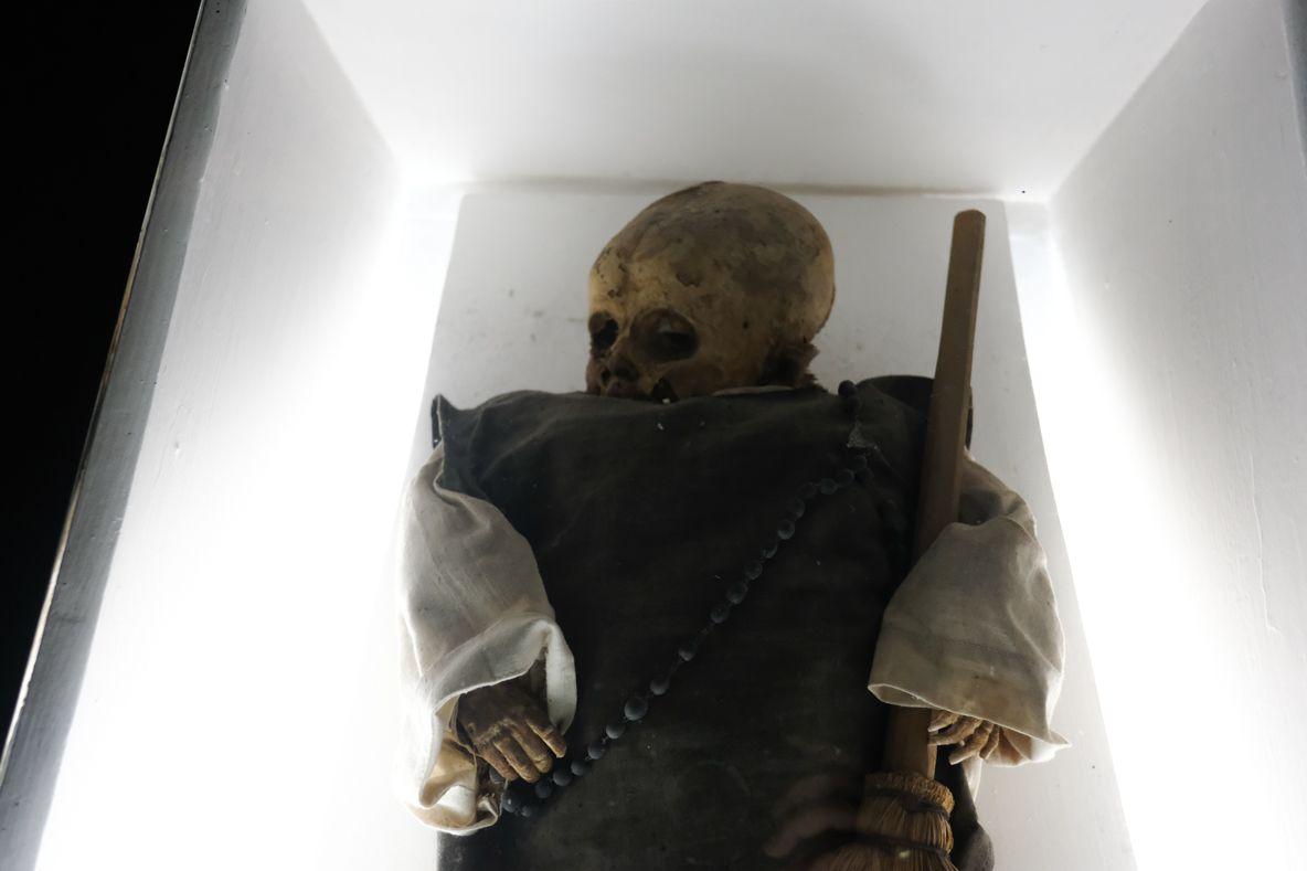 2日目午前:怖いモノ見たさでミイラ博物館へ